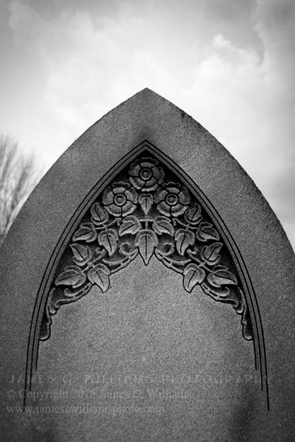 Deco-Headstone-Detial-BW_JCW6507