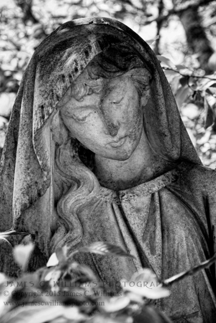 Statue in Oakdale Cemetery, Wilmington, NC. Shot by kind permission of Oakdale Management.
